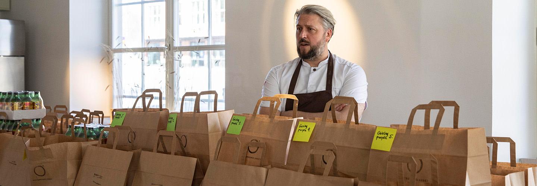 Efter 5 000 matlådor till behövande – Johan Gottberg uppdaterar om Restauranglabbets omställning