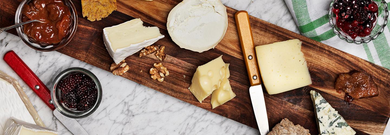 Allt för ostbricka, frukostbuffé och skolmatsal