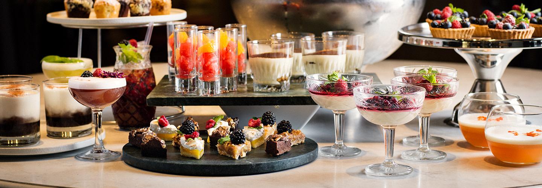 Cocktails and sweets på Kung Carls bakficka