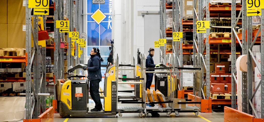 Jobba på lager – rätt varor till kunderna med varje leverans