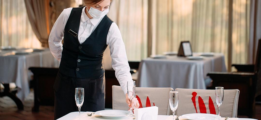 Nya beslut för serveringsställen – max fyra personer i sällskap och ingen alkoholförsäljning efter 20:00